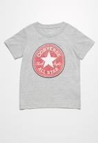 Converse - Kids chenille chuck patch tee