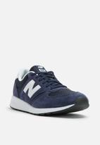 New Balance  - MRL420SA