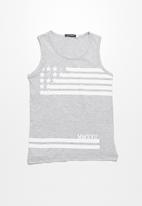 basicthread - Stars and stripes vest
