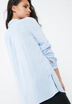 Vero Moda - Sue Ella long shirt