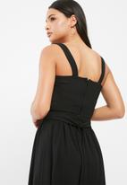 dailyfriday - Knotted front cami top
