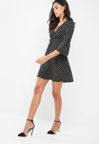 Missguided - Crepe polka dot long sleeve front gathering detail mini dress