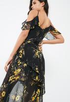 Missguided - Chiffon floral frill detail maxi dress