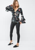dailyfriday - Wrap bell sleeve blouse
