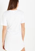 Cotton On - The corset tee