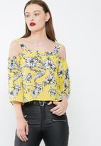 Missguided - Floral supported bardot blouse