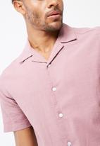 basicthread - Regular fit cuban collar shirt