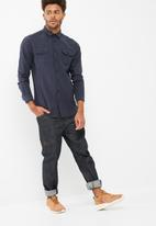 basicthread - Regular fit distressed shirt