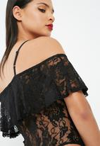 Missguided - Lace frill bardot bodysuit