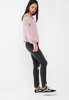 Missguided - Halter supported bardot chiffon blouse