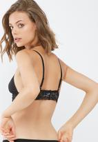 dailyfriday - Taylor strappy lace trim bralette