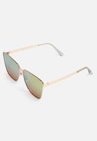 Missguided - Cat eye frame mirrored sunglasses