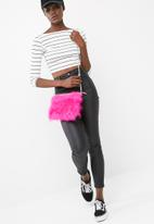 Missguided - Feather clutch bag