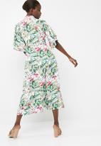 dailyfriday - Button through midi dress with frill sleeve