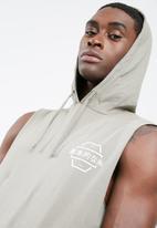 basicthread - Pullover sleeveless hoodie