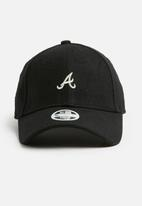 New Era - Womens melton 940 atlanta braves