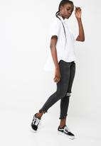 dailyfriday - Drop back short sleeve shirt