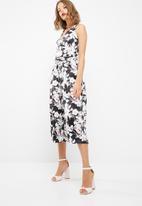 dailyfriday - Wrap culotte jumpsuit