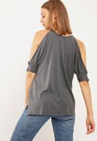 New Look - Cold shoulder tee