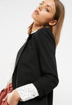 New Look - Naples ruche sleeve blazer