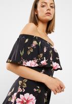 New Look - Frida floral frill bardot playsuit