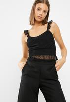 New Look - Dobby mesh frill crop top
