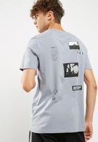New Look - Badge print tee