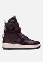 Nike - Special Field Air Force 1