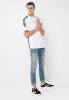 adidas Originals - 3 stripe jersey tee