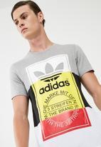 adidas Originals - Panel tongue tee