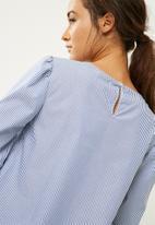 dailyfriday - Tie sleeve blouse