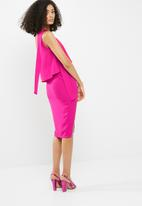 Missguided - Crepe one shoulder bow sleeve midi dress