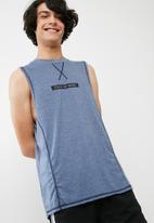 basicthread - Cut & sew vest