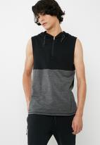 basicthread - Active hoodie