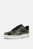Nike - Air Force 1 '07 LV8