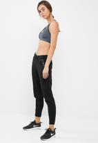 Dorina - Step sports bra
