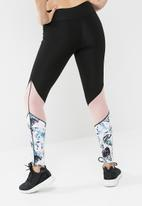 South Beach  - Shard three section leggings