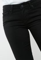 Levi's® - 711 skinny