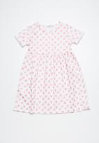 dailyfriday - Heart t-shirt dress