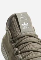 adidas Originals - Pharrell Williams Tennis Hu shoe
