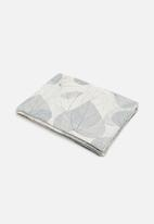Grey Gardens - Grey leaves placemat set of 6