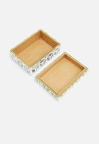 Sixth Floor - Ellery box