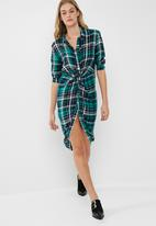 dailyfriday - Knot shirt dress
