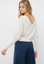 dailyfriday - Slouch v-back knit