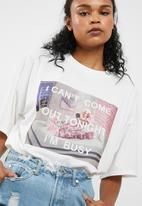 Missguided - Barbie x Missguided printed 'I'm busy' tee