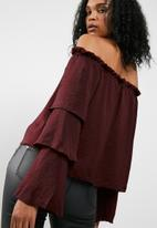 Missguided - Satin tiered sleeve bardot top