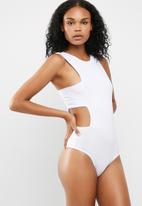 Missguided - Tab side crew neck bodysuit