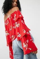 Missguided - Floral print bardot top