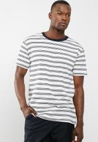 Cotton On - Dylan tee