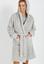 Cotton On - Luxe plush gown